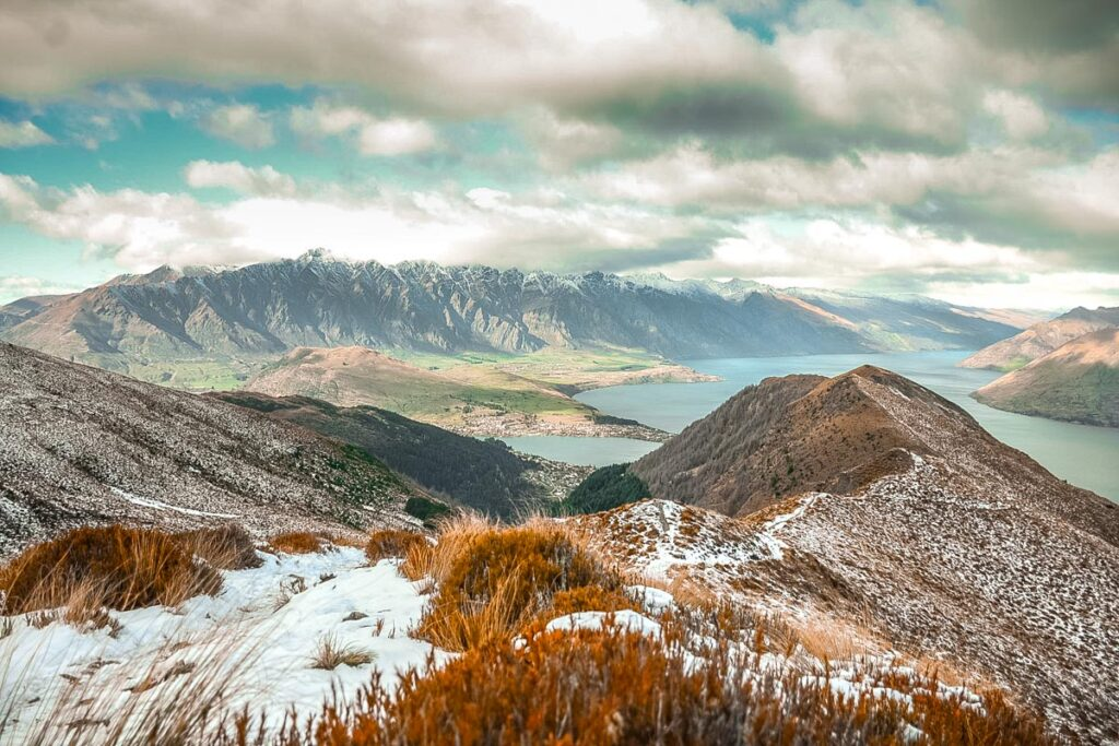 Views of the Remarkables and Lake Wakatipu from the Ben lomond Track