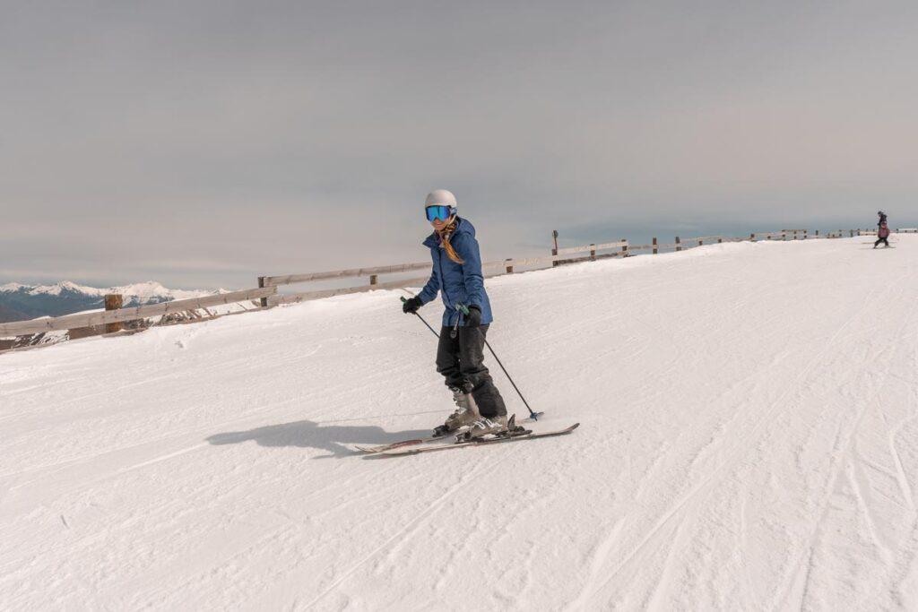 Skiing at Cardrona Ski Field near Queenstown