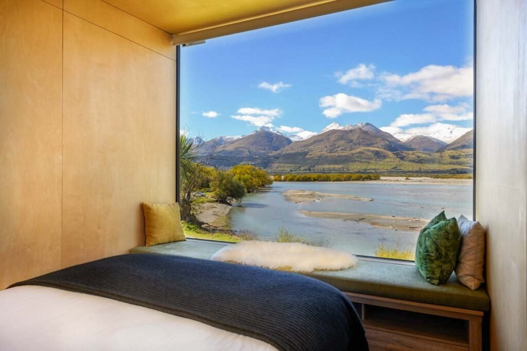 EcoScapes Glenorchy hotel room with a view