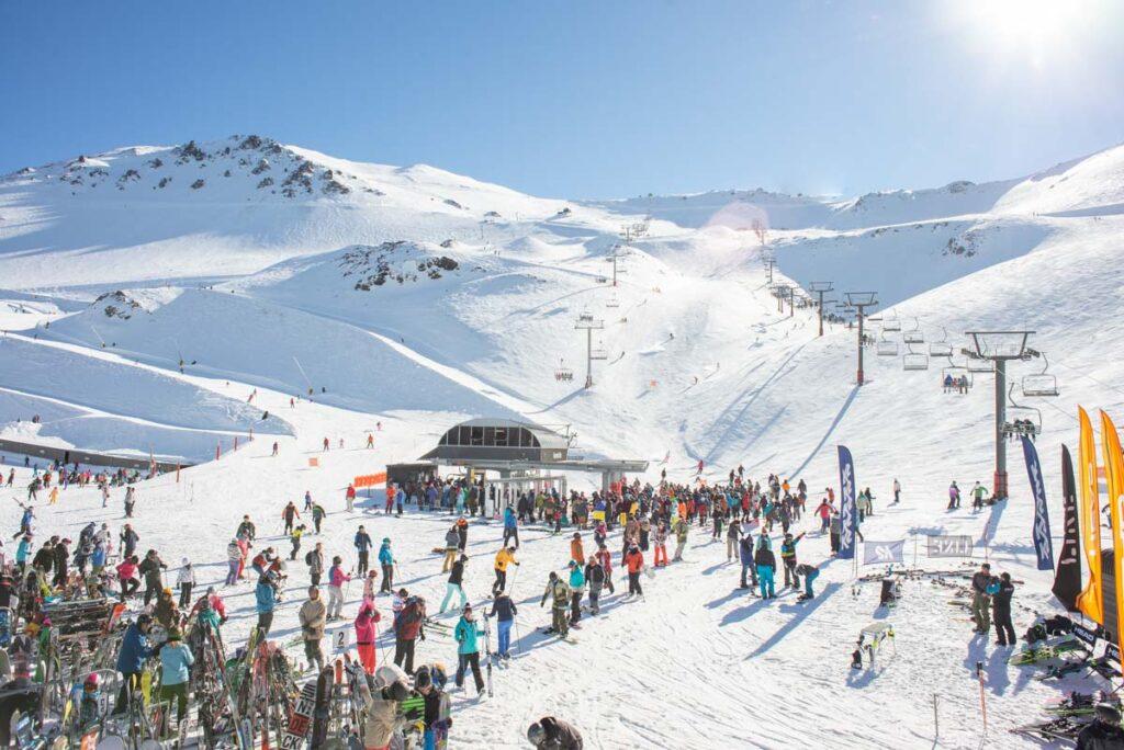 Mt Hutt Ski Field, New Zealand