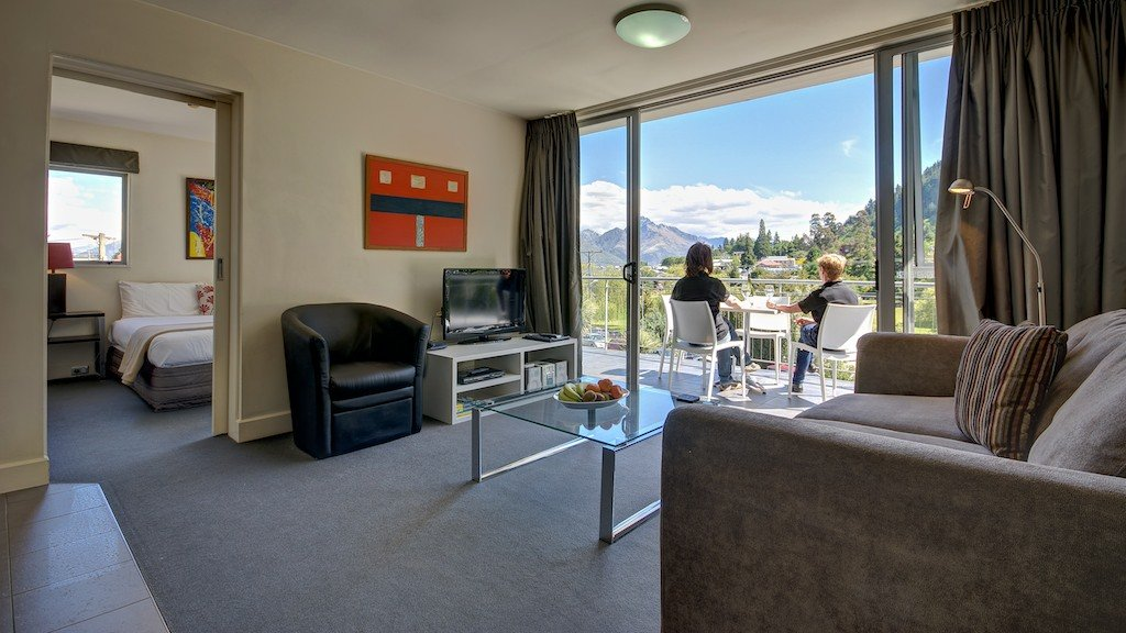 living room at Whistler Holiday Apartments in Queenstown