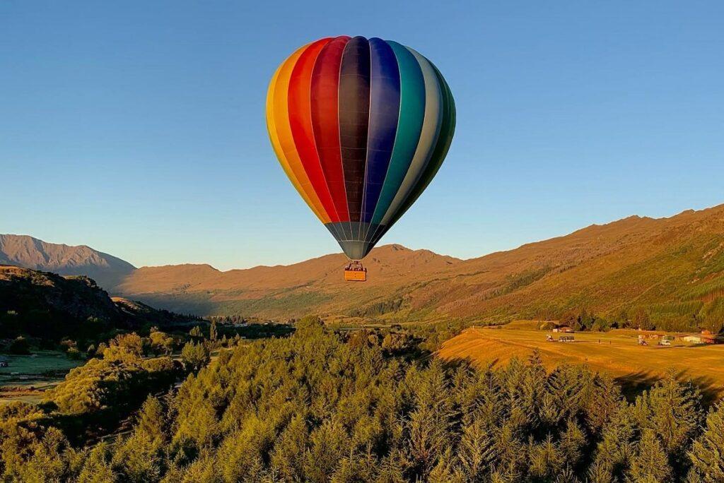 a hot air balloon over queenstown