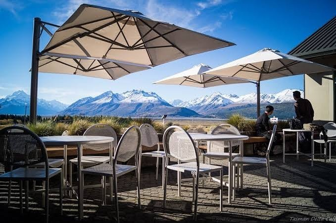 The beautiful outside seating area at the Glentanner Park Centre. Photo Credit: Tasman Delta Cafe