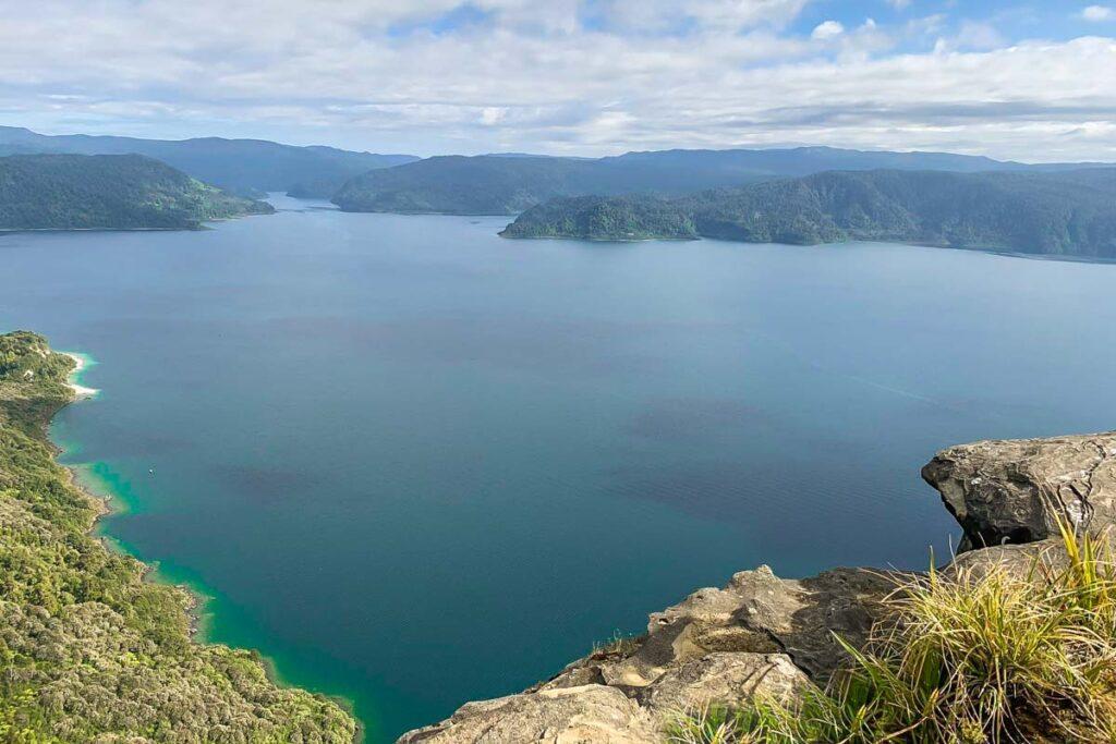 Lake Waikaremoana Track, NZ